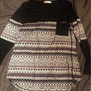 Tops - Shirt with Black/White stripes